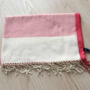 Gap 100% cotton scarf